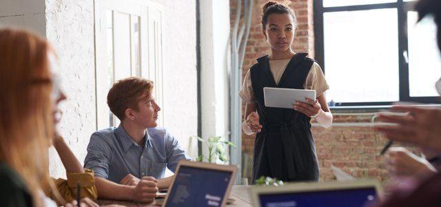 Jak zmienić ścieżkę kariery, mając małe doświadczenie z nowym zawodzie?